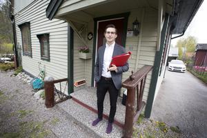 Enligt Jakob Hallin, mäklare på Fastighetsbyrån i Gävle, är efterfrågan på villor i Gävle större än utbudet.