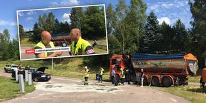 Personbilen körde in i tanken på lastbilen och det rann ut omkring 75 liter diesel. Föraren av personbilen fördes till Falu lasarett.