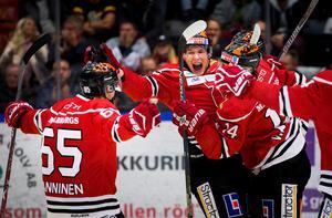 Sakari Manninen och Jere Sallinen har tagits ut till det finska landslaget. Det har även lagkamraten i Örebro, Eero Kilpeläinen. Bild: Johan Bernström/Bildbyrån