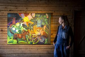 Utställningen består av en blandning av nya och äldre verk.