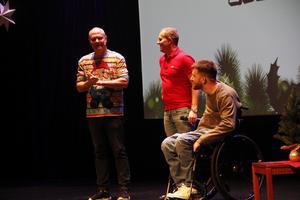 På tisdagens show var Måns Möller inbjuden som avslutande gäst.