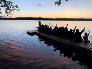 Aftonbild, Styggbo residens, dansare från Mexiko, USA, Nederländerna, Frankrike, Schweiz, Malta, Grekland, Taiwan, Japan.