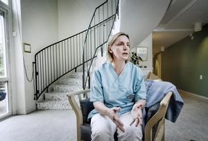 Sommaren på Mikaeligården blev en katastrof på grund av personalläget - Merima Isakovic undrar hur kommunen ska se till att det finns fler vikarier nästa sommar.