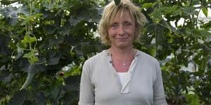 Trädgårdsmästaren Anette Forsberg har jobbar i Nibble handelsträdgård sedan 2002 och är nu en av fem anställda som har sagts upp när verksamheten lägger ner den 12 oktober.
