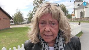 Lena Arktedius  är en av många frågeställare i Sveg.
