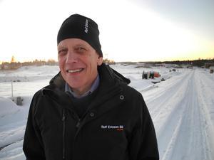 Det är Rolf Ericson bil 60–årsfond som delat ut 30 000 kronor till Brukets dag.