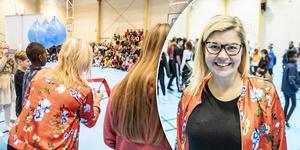 Therese Kärngard (S), kommunalråd i Bergs kommun fick inviga sporthallen under tisdagen.