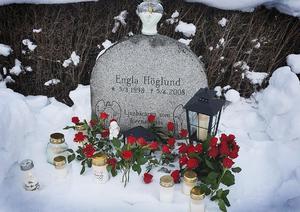 Familjen valde att minnas Engla och besöka graven på hennes födelsedag den 5 mars istället för den 5 april. Foto: Privat