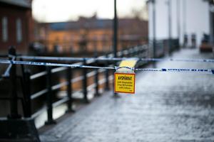 Brottsplatsen i centrala Falun spärrades av.