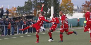 Sala FF:s Markus Lindholm jublar efter sitt 1–0-mål mot IFK Österåker i lördags.