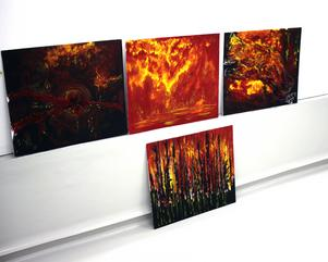 Emma Moréns målningar inspirerade av den stora skogsbranden i Västmanland 2014.