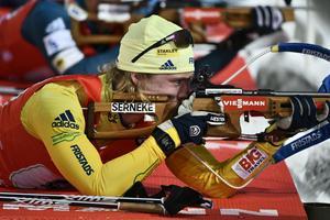 Sebastian Samuelsson hoppas att skyttet stämmer bättre i OS än jämfört med många tävlingar i världscupen den här säsongen. Här vid VC-premiären i Östersund.Foto: Robert Henriksson / TT