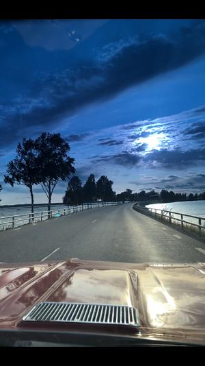 Magisk kvällstur över Bångs broar. Foto: Gunilla Noreng