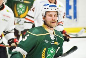 Emil Knuts är imponerad av den resa Malung har gjort, och att man håller på att etablera sig i Hockeyettan.