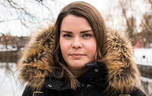 Henrietta Lysén har startat en kampanj i sociala medier mot förslaget att dra ner tjänster på Dialogen.