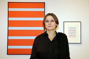 Lillemor Boman Carlén försöker ofta hitta ett uttryck genom färger och former i sin konst.