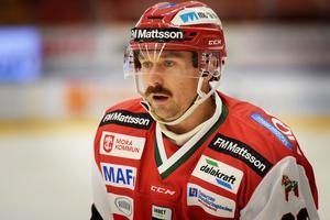Tomas Skogs är en van skäggkonstnär.