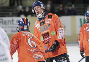 Patrik Nilsson levererar.
