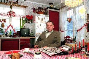 Efter 40 års oavbrutet socialdemokratiskt maktinnehav blev Thorbjörn Fälldin (C) statsminister 1976. Gabriel Ehrling berättar om ett minnesvärt möte i Ådalen 2011. Foto: Arne Henriksson (Arkiv).