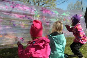 Målning populärt bland barnen.