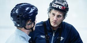 Conny Strömberg, 43, spelar snart sin första match i Hudiksvall. Foto: Hanna Persson.