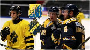 Fredric Weigel, AIK, och SSK:s David Åslin och Nicklas Grossmann.