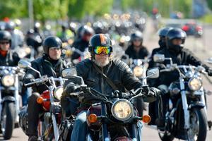 Jonny Frestadius från Ramsele tog sig en tur till Sundsvall och MC-dagen. Han var en av över 800 motorcyklister som körde i kortegen på MC-dagen.