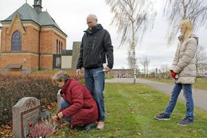 Familjen Forsberg hade åkt från Fagersta till Köping på Alla helgons dag.