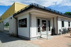När Anders Flodin Lund och Magnus Lund köpte den gamla Konsumbutiken hade lokalen stått tom i två år.