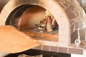 Pizza hör numera till sortimentet.