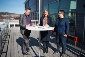 Kommunalråden Per Nylén (S) och Anna-Britta Åkerlind (C) tillsammans med Annica Jonsson (M) presenterade en ny satsning mot företagen under måndagens pressträff.