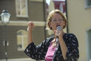 Superfeministen. Gudrun Schyman (FI) har lyft jämställdhetsfrågorna mer än någon annan politiker. Så här såg hon ut när hon talade under politikerveckan i Almedalen 2009. I år är det många aktörer som bjuder feministiska aktiviteter på Gotland.