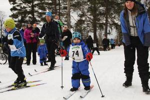 Många var så små som i tre-årsåldern och för dem fanns 1 kilometersslingan. För de lite äldre fanns fem kilometer innan medalj i målgången.
