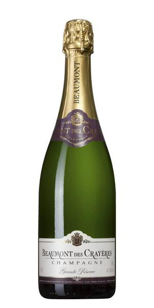 Beaumont des Crayères Grande Réserve Brut      Artikelnummer: 7891   Från: Champagne, Frankrike   Pris: 209 kr (75 cl)   En mycket prisvärd champagne med bra karaktär, torrt med fin fruktsyra medelfyllig smak av mogen frukt, citrus, rostat bröd, mandelblom och lite grapefrukt, bra balans. Passar bra både till den lättare fiskrätten eller till ljust kött.