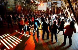 2006. Linedance på Lagårn. Bild: Jonas Bilberg