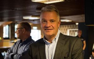 – Vi ville passa på nu när det är val snart, att höra vad våra politiker vill göra för att få företag och arbetskraft att stanna i kommunen, säger Hans-Peter Olsson, VD på Alfta Industricenter AB.
