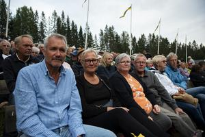 Bengt och Åsa Gavelin tillsammans med Inger och Åke Landfors.