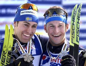 Leende till slut! Få var de som trodde att Jörgen Brink skulle kunna hitta modet, ta sig tillbaka och kliva upp på pallen bara tre dagar efter sin genomklappning i stafetten. Hans tredje brons i mästerskapet var en bragd.