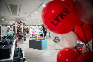 På onsdagen hade butiken Lyko premiäröppning i Birsta city.