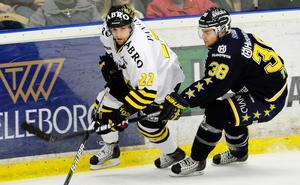 Mattias Beck har under flera säsonger producerat en rad poäng i hockeyallsvenskan, bland annat i AIK. Foto: TT