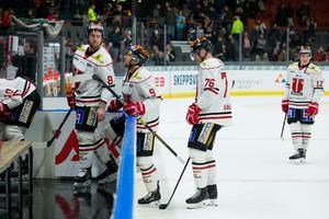 Tyson Spink, Tylor Spink och Jere Sallinen har gjort sitt i Örebro Hockey. Bild: Michael Erichsen/Bildbyrån