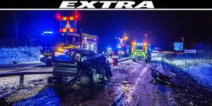 Förarna av personbilen och lastbilen var båda fastklämda enligt polisen. Foto: Niklas Hagman