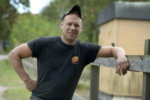 Stefan Hildingsson var den första av bönderna som tvingades skicka hem en av sina frierskor.