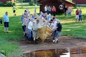 Här möter den nya båten Siljan för första gången.Foto: Jan Düsing.