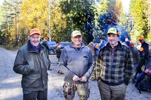 Ove Persson, Christer Stockhaus och Marcus Brunzell i Vallsta jaktlag.