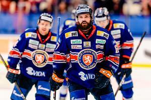 Linus Fröberg tillhör de tio spelare i Växjö som inte får förlängt kontrakt. Nu pekar uppgifter på att Brynäs är ute efter centern. Arkivbild: Bildbyrån