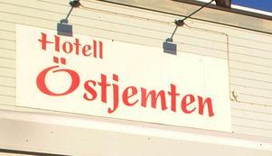 Hotellet saknar arrendator. Miljöpartiet i Bräcke kommun vill sparka liv i verksamheten igen.Foto: Ingvar: Ericsson