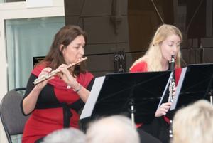 Maria Garlöv Thorsell, flöjet, och Lydia Holmlund, klarinett.