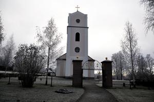 Ragunda nya kyrka i Pålgård är en del av Peter arbetsplats.