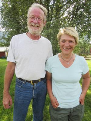 Rödingexperterna Per-Arne och Sissel Holt-Seeland kartlade Grundsjörödingens möjligheter i somras.
